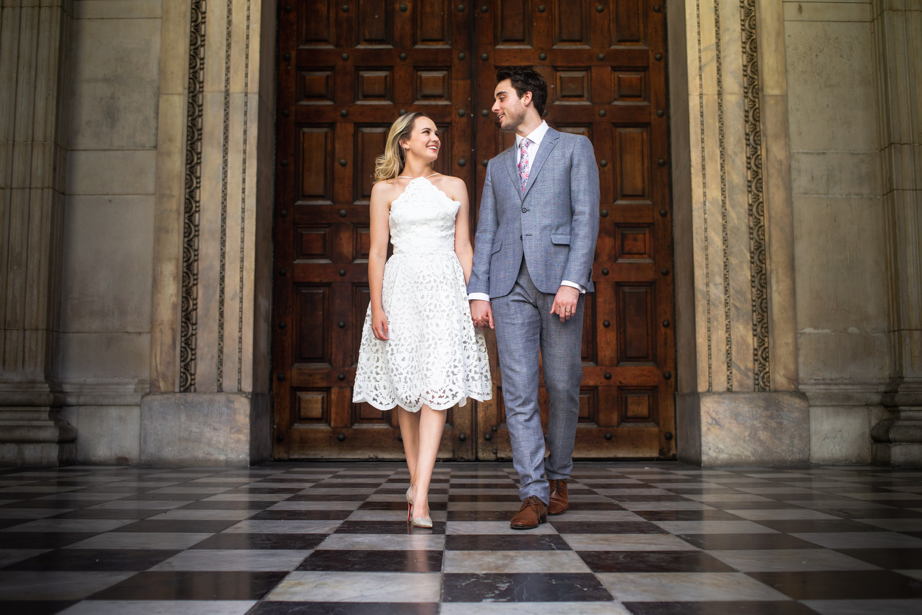 ST PAULS'S CATHEDRAL ENGAGEMENT SHOOT | OLI + MEAGHAN