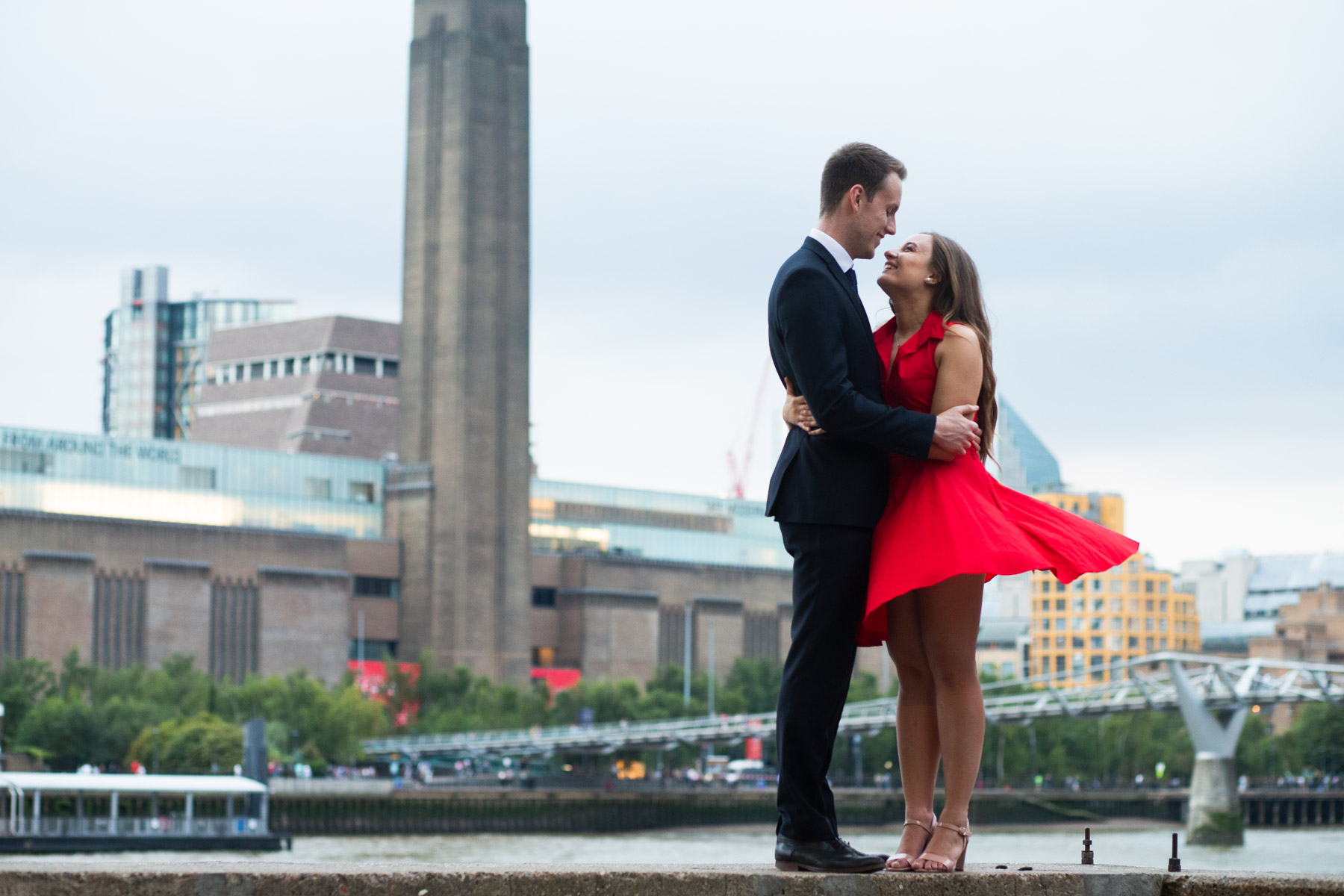 TOP 10 ENGAGEMENT PHOTOGRAPHY IN LONDON