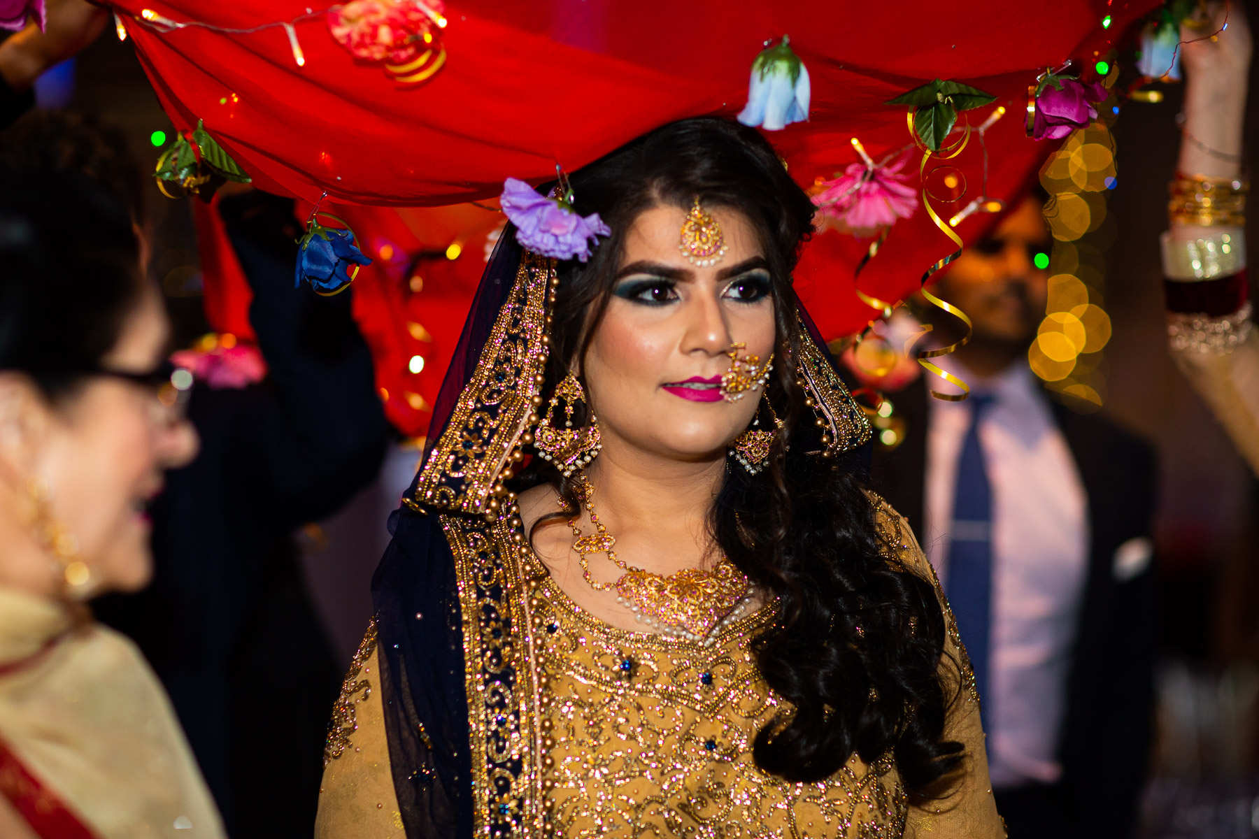 Stunning and relaxed wedding bride