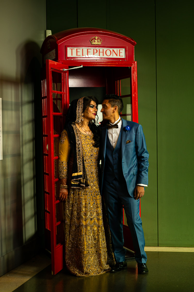 Relaxed couples photo shoot with London postbox